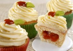 42 Ideas For Cupcakes Recipes Yummy Mini Cupcakes, Yummy Cupcakes, Cupcake Cakes, Food Cakes, Chocolate Cream Cheese, Creme Cheese, Chocolate Cupcakes, Ice Cream Cookie Cake, Cake Pops