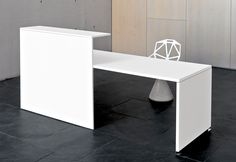 Reception desk transaction top idea
