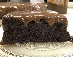 - Aprenda a preparar essa maravilhosa receita de Bolo Molhadinho de Chocolate do Programa Mais Você
