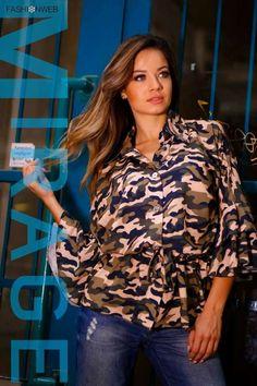 Terepmintás, derékon összehúzható ingfazonú tunika, fodros ujjakkal. 13.490 Ft Ruffle Blouse, Tops, Women, Fashion, Tunic, Moda, Fashion Styles, Fashion Illustrations, Woman