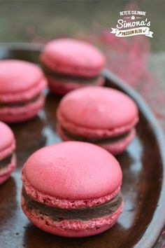 Macarons, Love Chocolate, Cookie Desserts, Desert Recipes, Nutella, Cake Recipes, Sweet Tooth, Muffin, Food And Drink