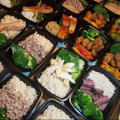 What's in your next meal prep? These layouts by look too good not to try! - Brings your ideas into action with… Baby Food Recipes, Low Carb Recipes, Healthy Recipes, Healthy Meal Prep, Healthy Eating, Baby Meal Plan, Sunday Meal Prep, Eat The Rainbow, Cooking 101