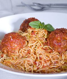 just like spaghetty n meatballs but raw vegan apparently