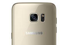Samsung Galaxy S7 Edge's rear-facing 12-megapixel camera.