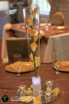Orange calla lily fall wedding centerpiece | A Timeless Celebration Events Styling & Management Montreal