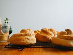 Honey Spelt Challah #homemadebread #bread #homemade #foodporn #recipes #desserts #chocolatebread #breakfast #Nestle