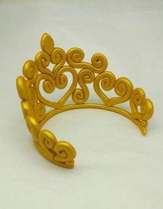 Golden Princess Crown Cake Topper Edible Birthday por SweetComplete