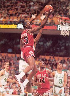Layup Over Parish.. '86 NBA Playoffs.. MJ Scores 63 Points..