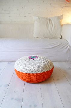 Floor Cushion Crochet    Spring by lacasadecoto on Etsy, €50.00