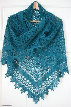 Fall River Shawl Crochet Free Pattern - Lace Shawl - Knitting crochet and amigurumiFall River Schal häkeln kostenlose Muster – Lace Schal – yonca yurder – Join the world of pin Crochet Shawl Free, Crochet Shawls And Wraps, Crochet Scarves, Crochet Clothes, Crochet Lace, Crochet Summer, Shawl Patterns, Knitting Patterns, Crochet Patterns