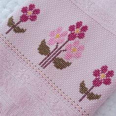 1 million+ Stunning Free Images to Use Anywhere Cross Stitch Designs, Cross Stitch Patterns, Free To Use Images, Cross Stitch Needles, Alpha Patterns, Baby Knitting Patterns, Embroidery Stitches, Needlework, Weaving