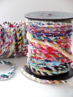 to Make Scrap Fabric Twine Saving sewing scraps for a rainy day? Check out this brilliant tutorial for making your own scrap fabric twine!Saving sewing scraps for a rainy day? Check out this brilliant tutorial for making your own scrap fabric twine! Fabric Art, Fabric Crafts, Sewing Crafts, Fabric Rosette, Wall Fabric, Fabric Ribbon, Quilting Fabric, Hand Quilting, Fabric Decor