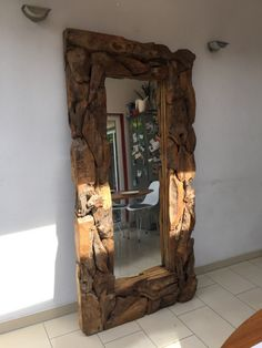 Shipping Furniture To Canada Rustic Log Furniture, Driftwood Furniture, Resin Furniture, Driftwood Crafts, Recycled Furniture, Art Furniture, Furniture Makeover, Wood Mirror, Diy Mirror