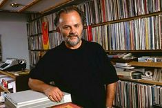 From vinyl to virtual: John Peel's legendary record collection published online as part of digital arts project Vinyl Record Shop, Vinyl Cd, Vinyl Music, Vinyl Records, Indie Music, My Music, John Peel, Online Archive, Discos
