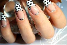 30 Prettiest Black and White Nail Designs!