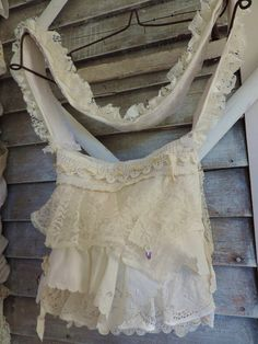 Gypsy Shabby Antique Lace Bag http://www.victoriantailor.com/vt-wp/