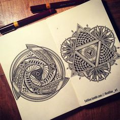 SACRED GEOMETRY & FIBONACCI If I someday get a tattoo... Tatoo Art, Get A Tattoo, Geometric Designs, Geometric Shapes, Geometric Tattoos, Zentangles, Zentangle Drawings, Tattoo Drawings, Art Drawings