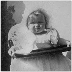 "25 Me gusta, 1 comentarios - @me_olga_romanov en Instagram: ""1895 c.December -2004 c.November #olganikolaevna #alexeinikolaevich #tsar #tsarevich #family…"" Belle Epoque, Olga Romanov, Familia Romanov, Romanov Sisters, Grand Duchess Olga, House Of Romanov, Alexandra Feodorovna, Four Sisters, Royals"