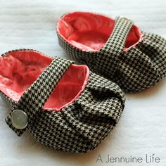Handmade Baby Shoes! Adorable!