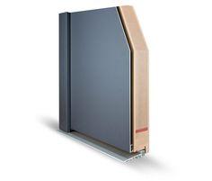 Dveře WINSTAR CLASSIC 92 | Jedná se o speciálně upravené dřevěné dveře, které jsou opláštěné z venkovní strany hliníkovým krytím. Výrobek je klasickou kombinací praktičnosti a designu a jeho obrovskou výhodou je bezúdržbovost a velice dlouhá životnost. Další nespornou výhodou jsou exkluzivní barevné kombinace, které lze jednoduše přizpůsobit fasádě a zároveň i vybavení interiéru domu.