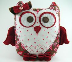 Sweetheart Owl Pillow Pattern ... Plush door SundayGirlDesigns