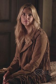 Ashley Benson Hanna Marin Pretty Little Liars S06E20 Hush Hush Sweet Liars