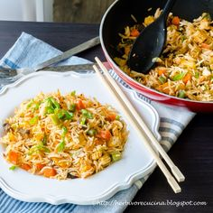 How about a fiery Indo-Chinese meal tonight? Try this Schezwan Fried Rice with an Asian curry and say good-bye to takeouts!