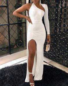 Shop Sexy Trending Maxi Dresses – Boutiquefeel offers the best women's fashion Maxi Dresses deals Trend Fashion, Estilo Fashion, Ideias Fashion, Evening Dresses, Prom Dresses, Maxi Dress With Slit, Dresses With Slits, Romper Dress, Vestido Casual