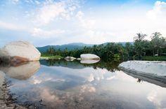 Lagune dans le parc de Tayrona. Entre plages paradisiaques, jungle et montagne. Un lieu à découvrir lors de votre voyage en Colombie.