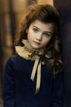 Beautiful portrait by Dani Diamond Beautiful Little Girls, Cute Little Girls, Cute Baby Girl, Beautiful Children, Beautiful Eyes, Beautiful Babies, Cute Kids, Cute Babies, Precious Children
