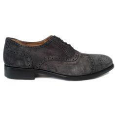 Zapato oxford con puntera picada en ante color gris de Cordwainer vista lateral