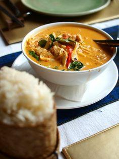 good food Peanut chicken soup