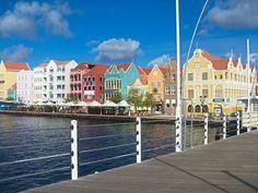 punda-willemstad-handelskade-urlaub-curacao-villa-ferienhaus-pool-karibik