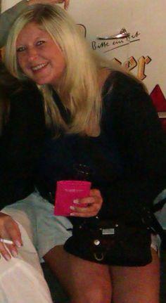 Ein toller Abend im Sommer 2011, leckerer Rotkäppchen Sekt und gute Laune :-)