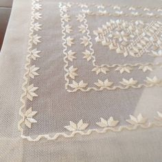 Hardanger Embroidery, White Embroidery, Hand Embroidery Designs, Cross Stitch Embroidery, Embroidery On Clothes, Crochet, Color Blocking, Quilts, Blanket