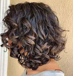 How to Style a Curly Bob Haircut, According to the Pros — POPSUGAR How to Style a Curly Bob Haircut, According to the Pros Bob Haircut Curly, Messy Bob Hairstyles, Short Curly Haircuts, Curly Hair With Bangs, Short Curly Bob, Medium Bob Hairstyles, Curly Hair Cuts, Long Curly Hair, Curly Hair Styles