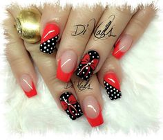 american french nails Of July Red Acrylic Nails, Red Nails, Hair And Nails, Fancy Nails, Cute Nails, Pretty Nails, Trendy Nail Art, Stylish Nails, Valentine Nail Art