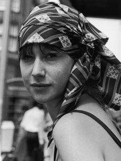 Helen Mirren (1975)