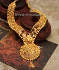 Fabulous and mind blowing gold haram designs with weight.This is a latest 22 carat jewellery with fine finishing and heavy look Gold Bangles Design, Gold Earrings Designs, Gold Jewellery Design, Necklace Designs, Gold Jewelry, Quartz Jewelry, Jewellery Diy, Luxury Jewelry, Gold Necklace