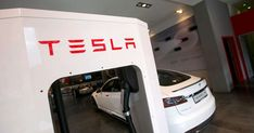 Tesla shares fell 9 percent Friday as the resignation of its chief accounting officer after just a month at work spooked investors amid another social media storm around billionaire chief executive Elon Musk. Chief Executive, Elon Musk, Diy Solar, Investors, Solar System, Billionaire, Accounting, Sistema Solar