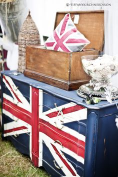 Paint a Union Jack dresser with Emperor's Silk, Napoleonic Blue and Old White...you can paint fabric too!