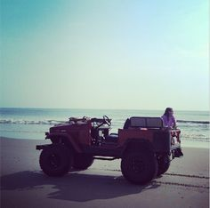 FJ Land Cruiser at OBX. #FJ #OBX #landcrusier