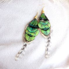 Green Feather Earrings Green Holiday  Green Feather by Nastasy
