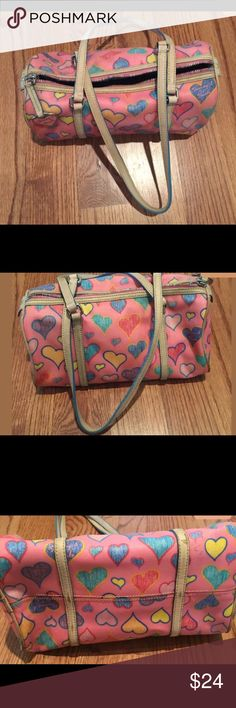 🎉Lowest!! Pink heart Dooney & Bourke purse Final price drop!! Cute,cute! Does have some normal wear that I tried to note in pics. Was lovingly used and have discounted greatly accordingly. Been sitting a closet for a while. From a smoke free home Dooney & Bourke Bags Shoulder Bags