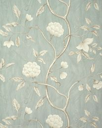 Snow Tree Old Blue från Colefax & Fowler - Neue Dekoration Victorian Wallpaper, Old Wallpaper, Fabric Wallpaper, French Wallpaper, Colefax And Fowler Wallpaper, Morris, French Countryside, Ceiling Medallions, Color Pallets