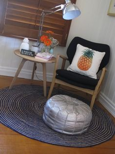 15 tips for minimising moving house stress | reading nook | pineapple cushion | moroccan pouffe