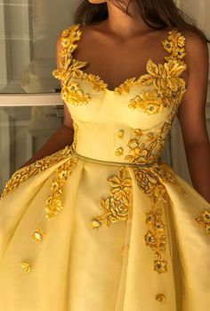 Yellow Vintage 2019 African Evening Dresses Spaghetti A-line Tulle Prom Dresses Sexy Cheap Formal Party Bridesmaid Pageant Gowns Grad Dresses, Dress Outfits, Fashion Dresses, Dress Up, Maxi Dresses, Prom Dresses Flowers, Dress Clothes, Dress Casual, Couture Fashion