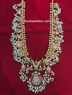 Beautiful Guttapusalu Necklace and Haram Designs - Indian Jewellery Designs Indian Jewelry Sets, Indian Wedding Jewelry, Bridal Jewelry Sets, India Jewelry, Pearl Jewelry, Gold Earrings Designs, Gold Jewellery Design, Necklace Designs, Gold Designs