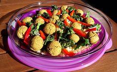 Vegans Eat Yummy Food Too! Vegan Food, Vegan Vegetarian, Vegan Recipes, Falafel Salad, Unprocessed Food, Health Eating, Plant Based Diet, Submission, Vegans