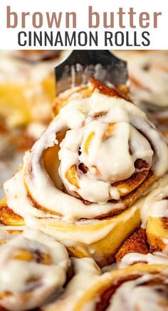 Brown Butter Cinnamon Rolls Recipe – {with Brown Butter Glaze} If you have leftover browned butter, make these soft and gooey brown butter cinnamon buns. They are a perfect for bringing the family around the table for breakfast or brunch. Best Dessert Recipes, Brunch Recipes, Delicious Desserts, Breakfast Recipes, Yummy Food, Breakfast Pastries, Breakfast Time, Coffee Recipes, Easy Desserts